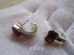 Cartier 750 18k Sterling Garnet Hoop Earrings. 1980's Vintage