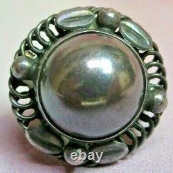 Vintage GEORG JENSEN Sterling Silver Screw-Back Round Earrings #39, Denmark