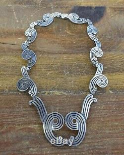 Vintage Mexican Sterling Silver Necklace Bracelet and Earrings Set