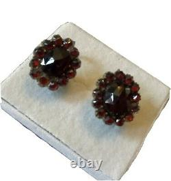 Vintage Sterling Silver Bohemian Garnet Flower Earrings Be8